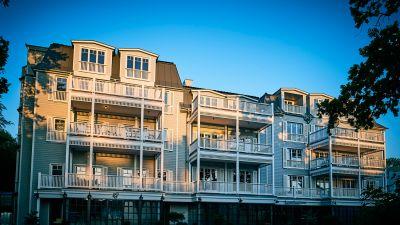 Die Fassade des Barefoot-Hotels soll an den Süden der USA erinnern.