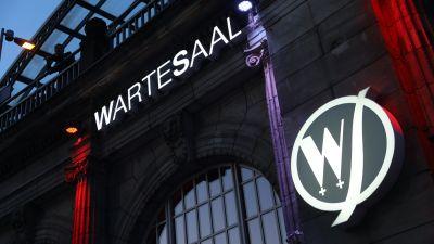Die Kongress-Party fand wieder im Wartesaal am Kölner Dom statt.