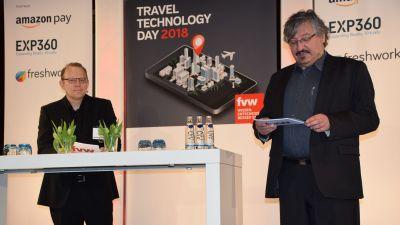 Jochen Eversmeier und Georg Jegminat (beide fvw) begrüßen die Gäste.
