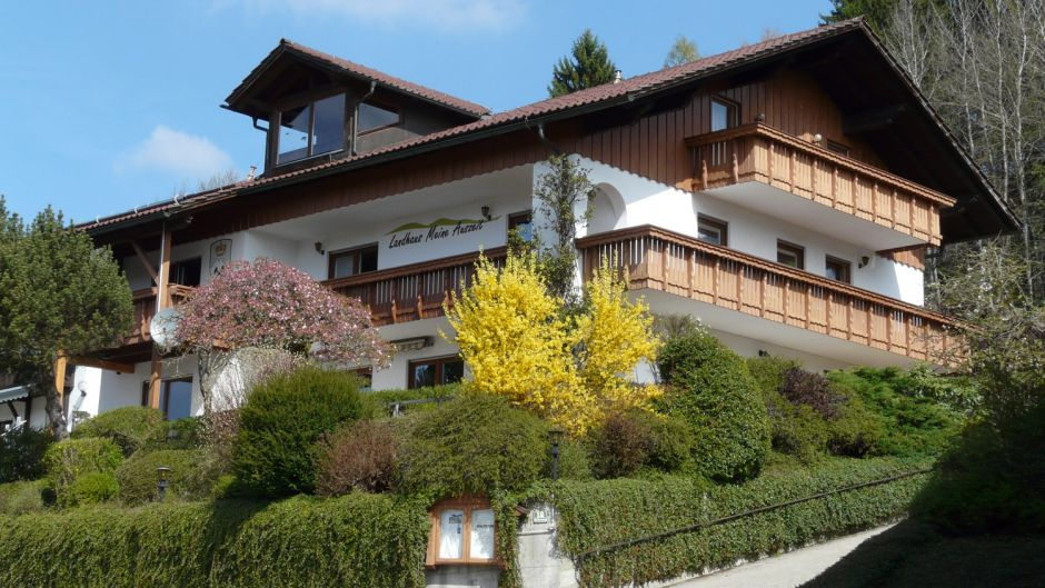 Number one in Germany is the countryside hotel Meine Auszeit in Bodenmais in Bavaria. The hotel in the spa town offers not only gastronomy but also a large programme for active holidaymakers.