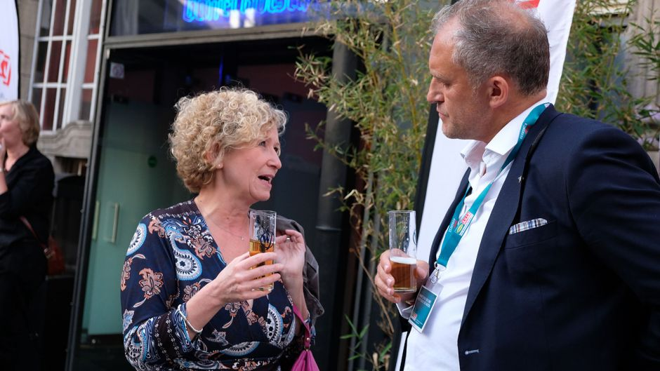 Birgit Aust (TVG) and Rob Knoedl (nalogo tourism & leisure)