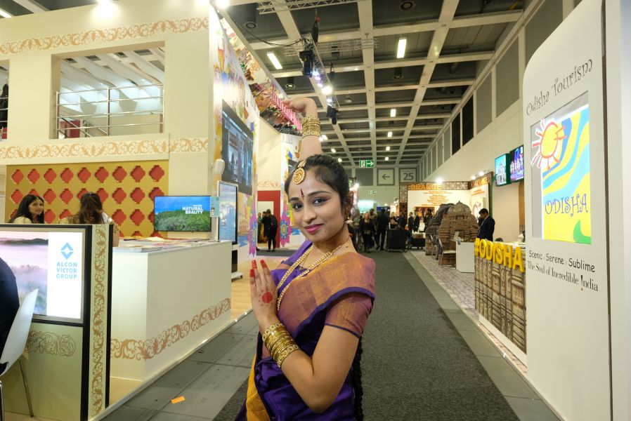 Sari with a smile at the India stand