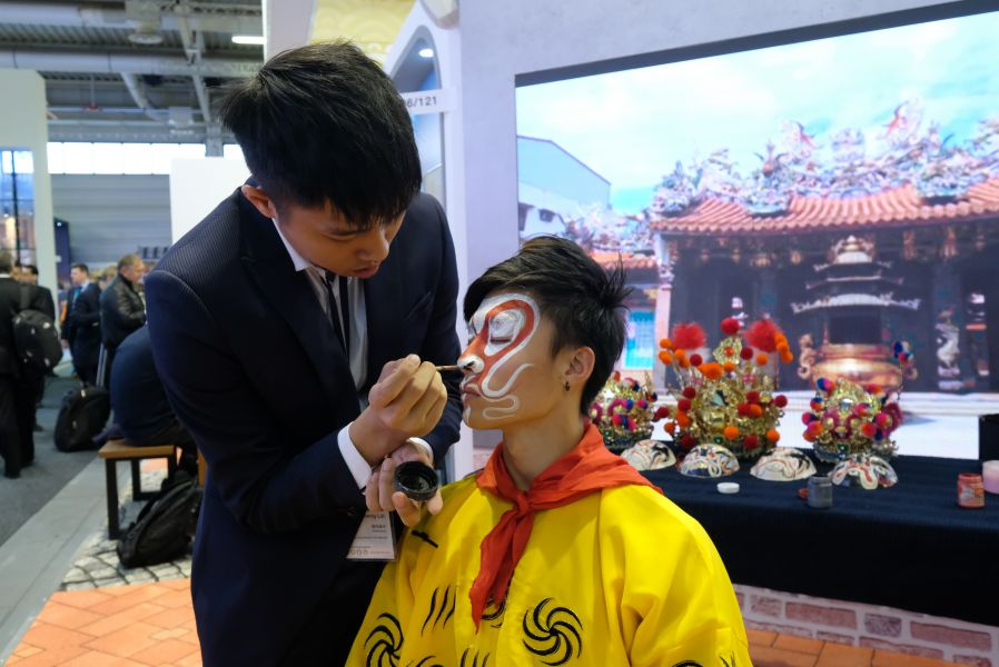 Face time. Two youngsters paint a favourable impression of Taiwan.
