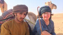Wüsten-Erlebnis: Die Expeditionsreise von Nomad führt durch die Rub al-Khali – in Begleitung von Beduinen und Lastenkamelen.