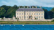 Kinross House ist ein 330 Jahre alter schottischer Landsitz bei Edinburgh.