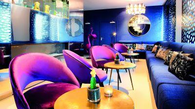 Das glänzt: die Lobby des neuen Nyx-Hotels in Mannheim.