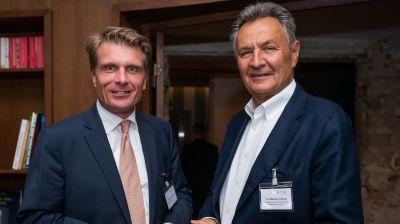 Staatssekretär Thomas Bareiß (l.) und BTW-Präsident Michael Frenzel