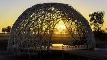 Der Pool-Pavillon des neuen Jao Camps in Botswana.