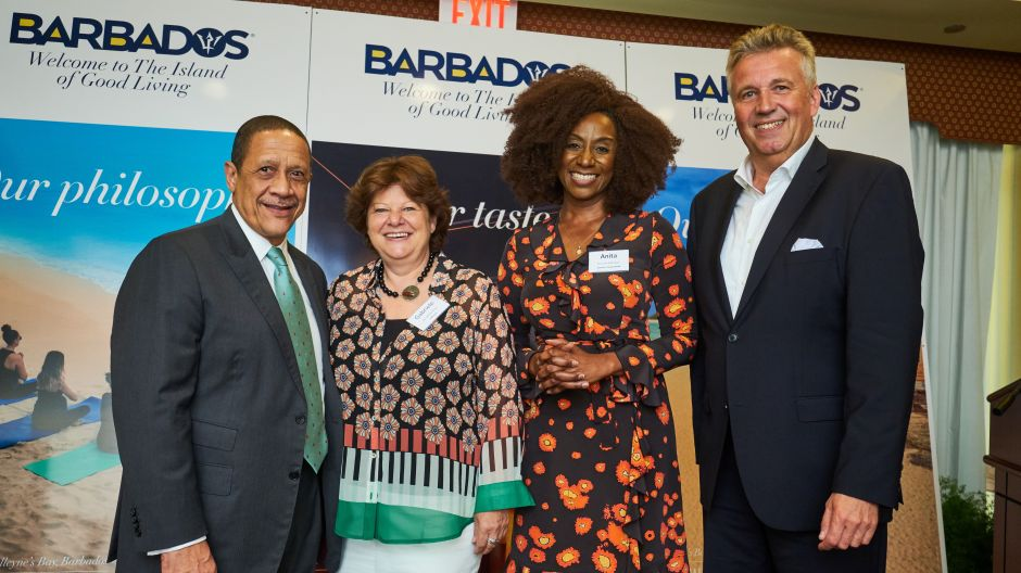 Billy Griffith (Barbados Tourism Marketing), Gabriela Ahrens (Lufthansa), Anita Nightingale (Barbados Tourism Marketing), Klaus Hildebrandt (fvw) at the conference in the Hilton Resort