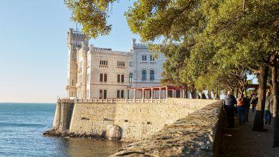 Das Schloss Miramare bei Triest war eines der Besichtigungsziele auf dem fvw Workshop Italien in Friaul-Julisch Venetien.