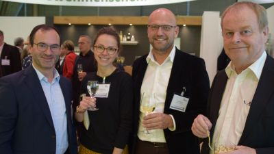 DTV-Trio: Norbert Kunz, Anne-Sophie Krause und Dirk Dunkelberg mit Hartmut Wimmer (Outdooractive, Zweiter von rechts).