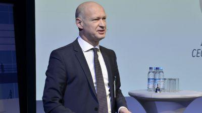 Münchens Flughafenchef Jost Lammers eröffnete das diesjährige EAS.