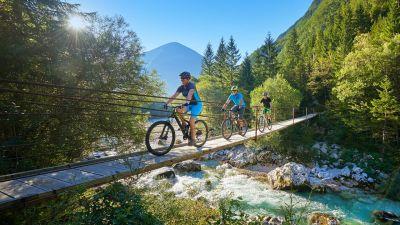 Sportlich, sportlich: In dem überwiegend gebirgigen Slowenien kommen Mountainbiker auf Touren.