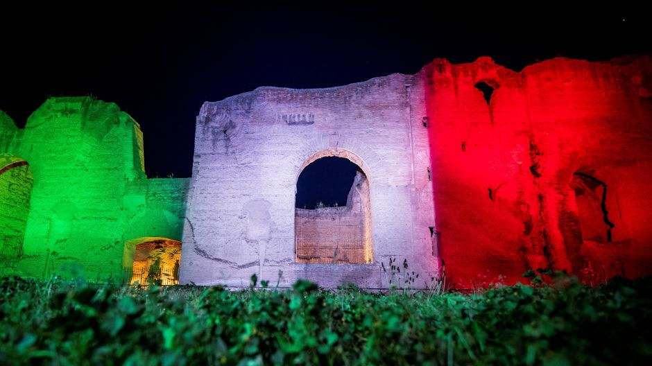 A symbol of solidarity in green, white and red: the Baths of Caracalla in Rome.