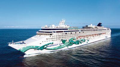 Heimathafen im Sommer: Die frisch renovierte Norwegian Jade ist im Juni und Juli als erstes Schiff in der NCL-Geschichte in Hamburg stationiert.