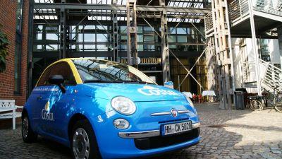Willkommen beim Costa-Kochevent. Stilvoll empfing die Reederei die Teilnehmer mit einem Kultauto der italienischen Marke Fiat.