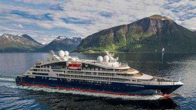 Das erste Schiff der neuen Ponant-Explorers-Serie, die Le Lapérouse. Die  Schiffe von Ponant sind meistens in Polarregionen oder tropischen Gefilden unterwegs.