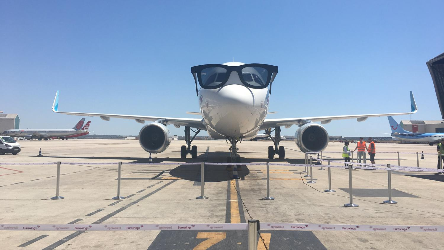 "Eurowings launched its Palma basis with ""the biggest sunglasses in the world""."