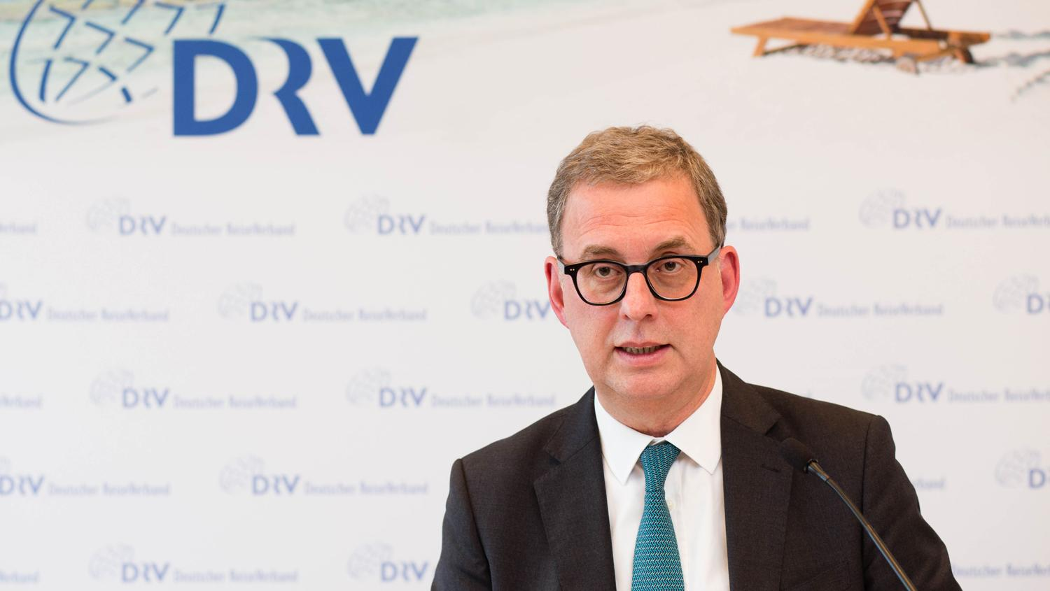 Norbert Fiebig was overwhelmingly re-elected as DRV president.