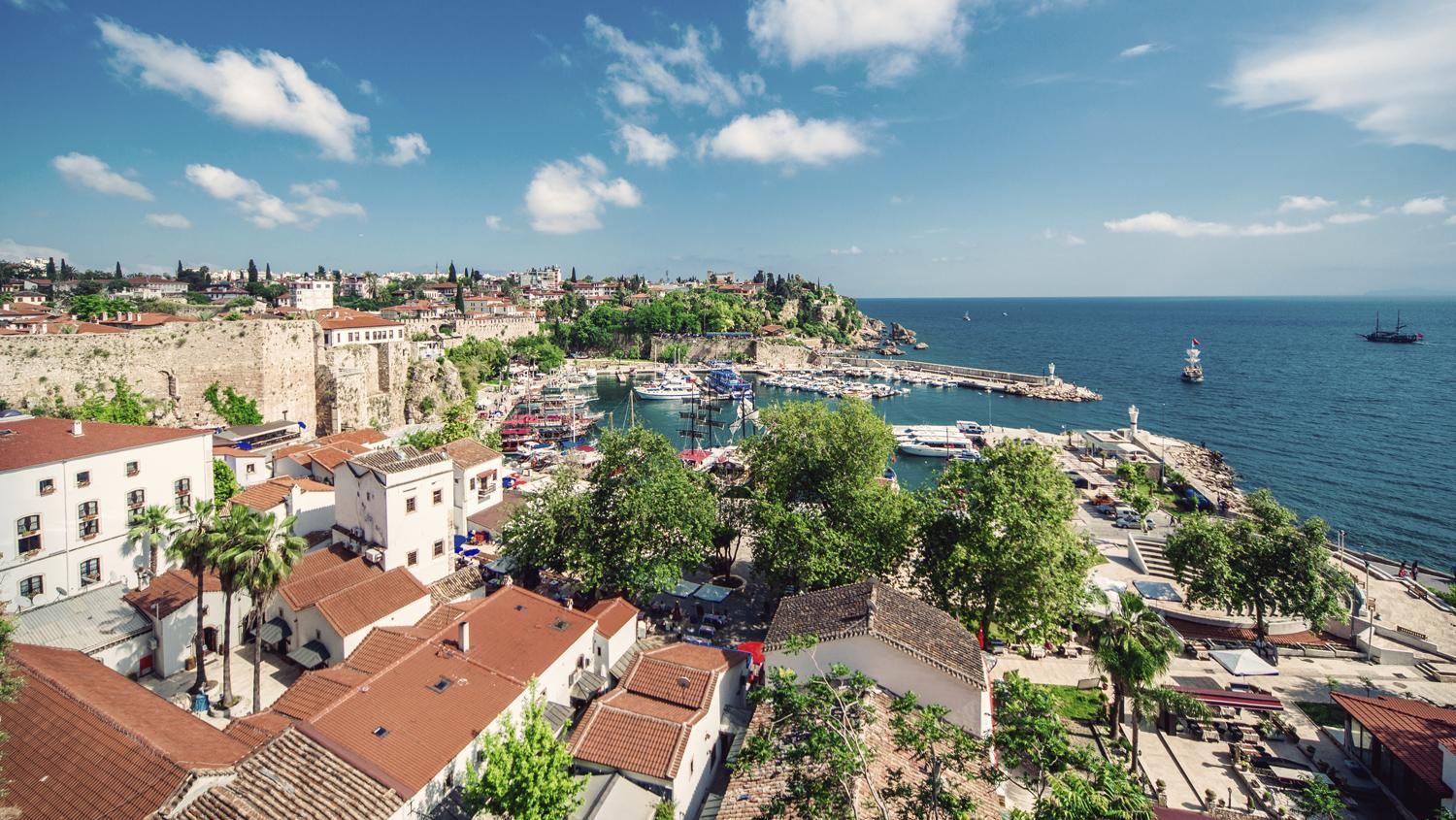 Strong late bookings for Antalya