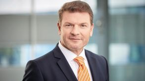 Jens Bischof is CEO of Sun Express