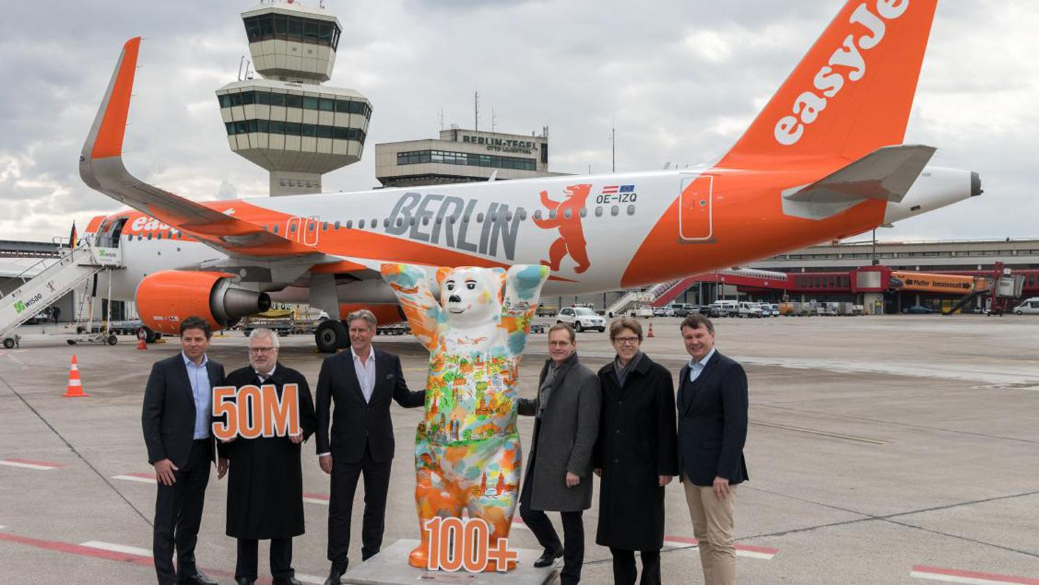 Easyjet executives and Berlin officials present the new 'home carrier'