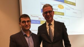 Roland Gassner (GfK, left) and Norbert Fiebig (DRV) presented the latest German market figures in Frankfurt on Wednesday.