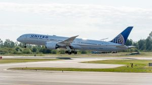 United-Airlines-Boeing-787-9_1500