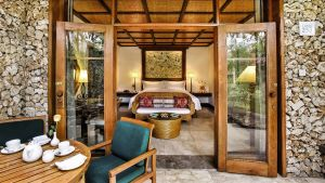Windrose_The-Oberoi_Bali_Luxury-Lanai-Room_1500