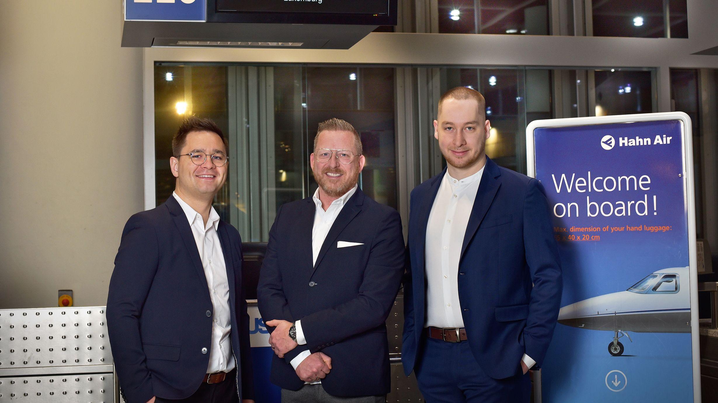 Flugvertrieb: Hahn Air hebt erstmals mit Blockchain-Technologie ab - fvw Blog - Touristik für Fortgeschrittene