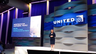 Kate Gebo, United Airlines, Personalchefin