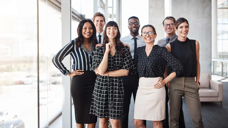 business kleidung: wichtige dresscodes im Überblick