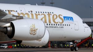 Emirates_A380_am_Hamburg_Airport_September_2011_1500