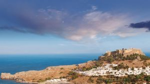 griechenland_rhodos_lindos_GettyImages-179341108_1500