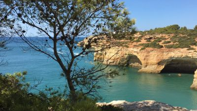 More bookings from Germany in sight: Popular holiday destinations as the Algarve with its Seven Hanging Valleys Trail are looking forward to welcoming more holidaymakers from the top European source market.